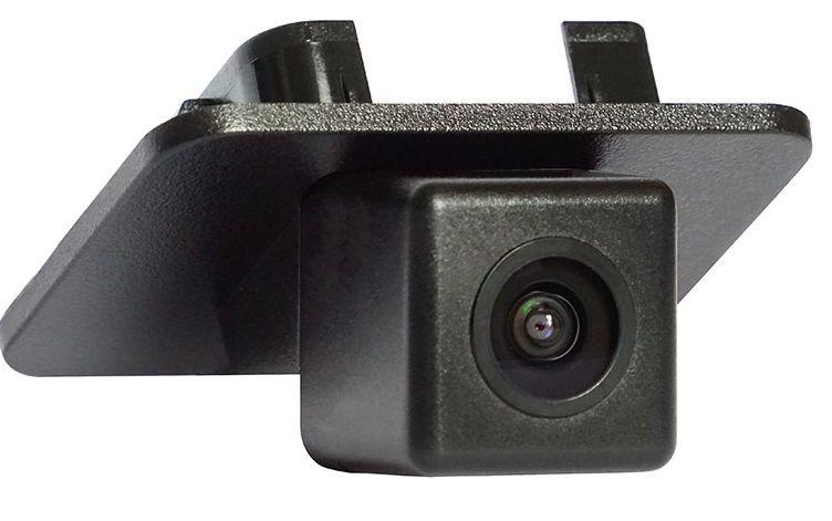 Штатная камера заднего вида Incar VDC-414 для Mazda CX-5 2018+