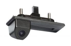 Штатная камера заднего вида Incar VDC-084 для Skoda Fabia II, Octavia, SuperB Combi, Yeti, Audi A1